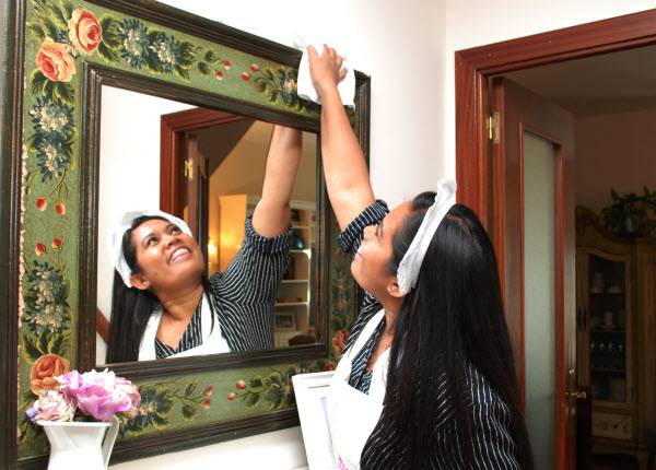 Limpiando el espejo