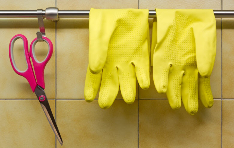 ¿Cómo debo despedir a mi empleada del hogar?