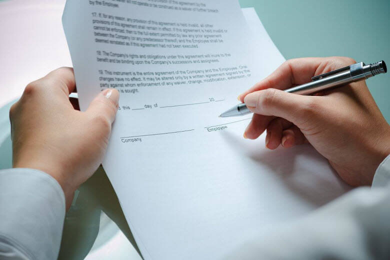 Despido unilateral de una empleada de hogar- ¿Qué debo hacer? Carta de despido firmada