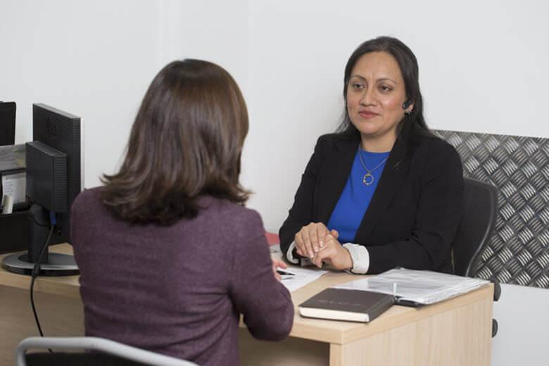 ¿Qué ventajas tiene contratar empleadas de hogar a través de una Agencia de Colocación autorizada?