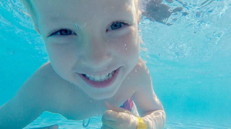 Quién te puede ayudar a cuidar de los niños en verano