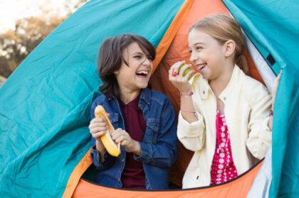 Qué hacer con los niños en verano-Niños en tienda