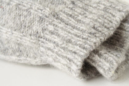 2.1Trucos para preparar tu casa para el calor del verano-calcetines de lana
