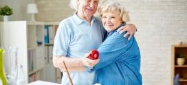 Cómo extremar el cuidado de ancianos en verano