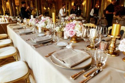Normas de protocolo - mesa de fiesta preparada