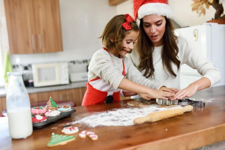 Las Navidades, un buen momento para contratar ayuda doméstica
